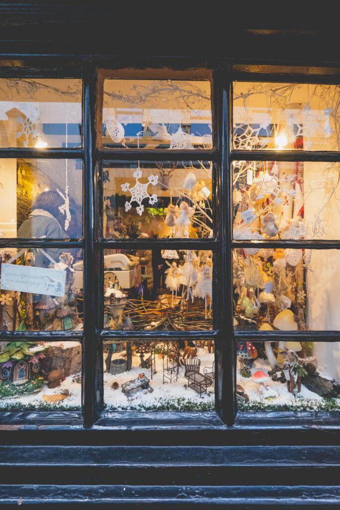 Beauitful window displays in Fowey at Fowey Christmas Market